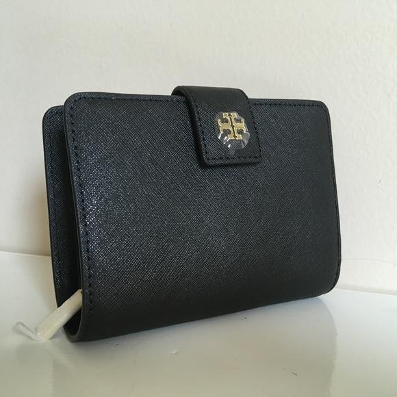 Tory Burch Handbags - Tory Burch NWT EMERSON FRENCH FOLD WALLET